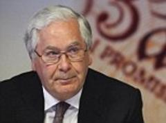 Sir Mervyn King says George Osborne's plan to help housebuyers 'could cause another crash'