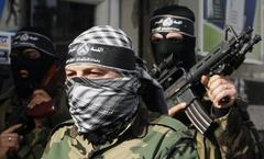 Hamas confiscates rockets from Fatah's armed wing