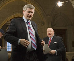 Stephen Harpers failure to address Senate scandal is hurting his party: Editorial